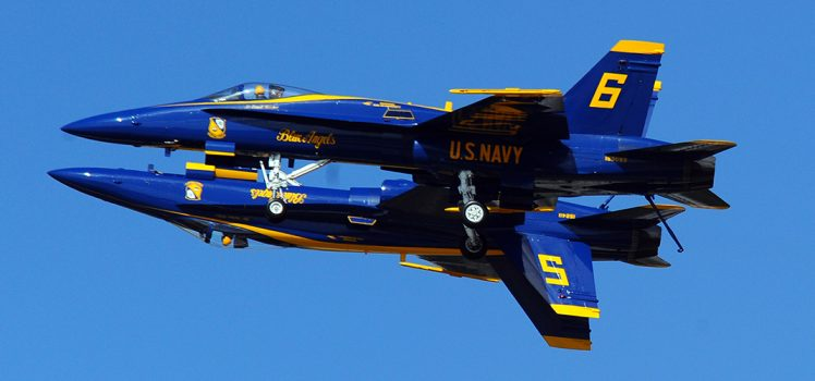smith-tower-seattle-seafair-blue-angels