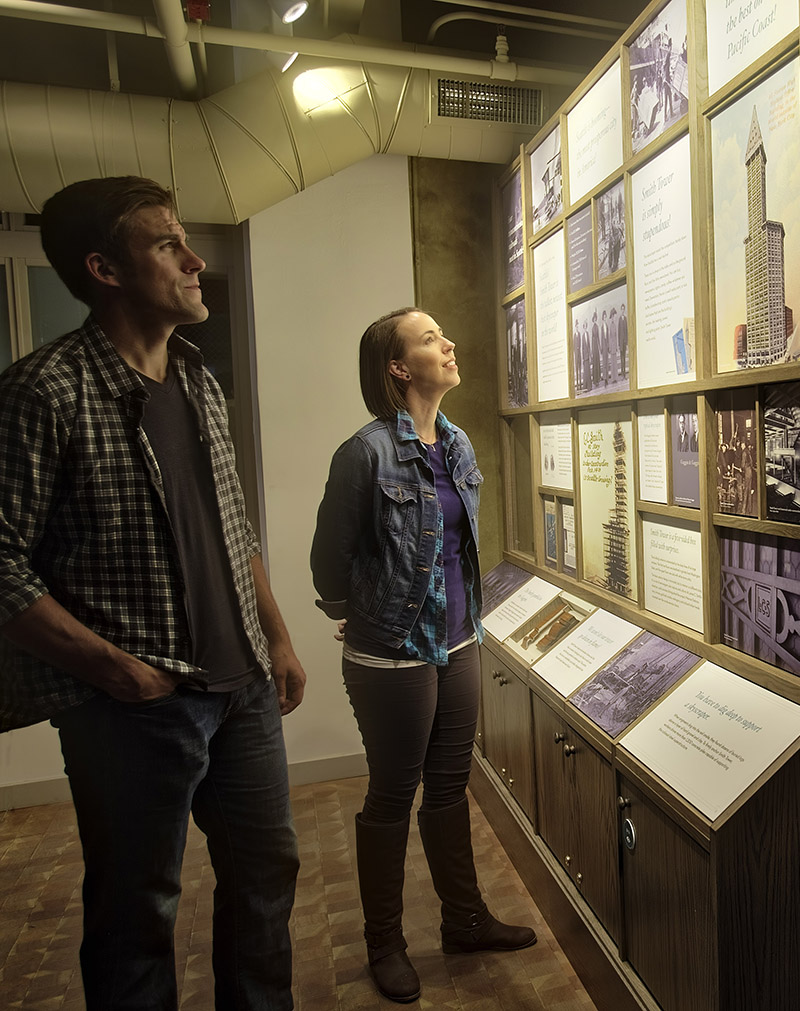 couple viewing exhibits